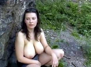 Outdoor woman fucking at seay