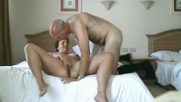 Small boy sex with women in nude