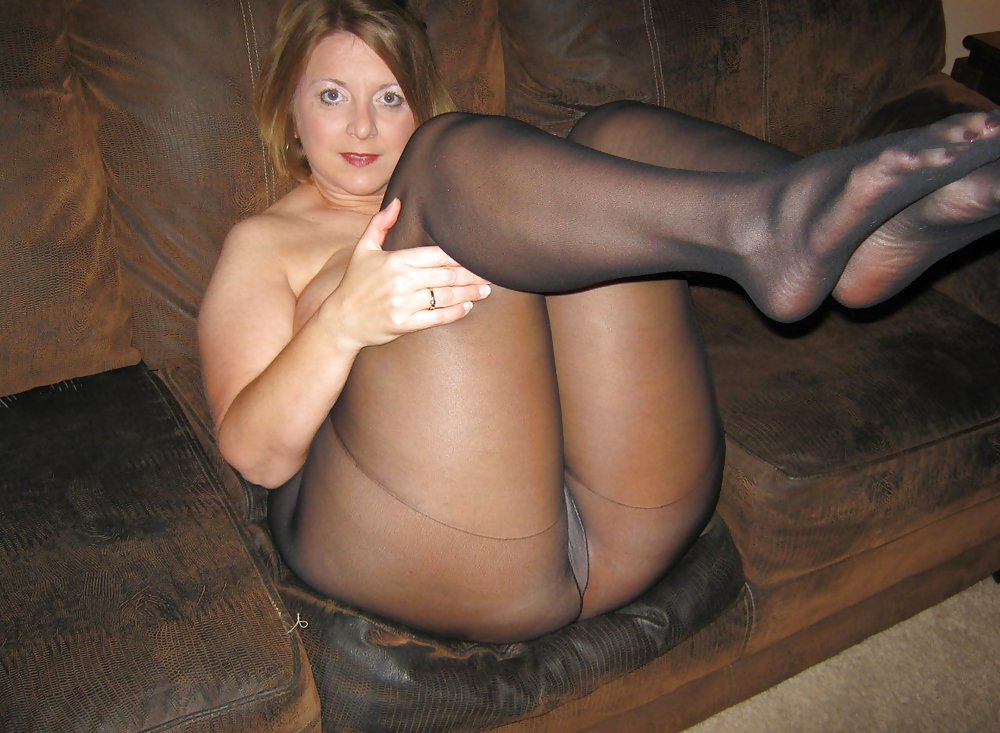 Wife nude photo session